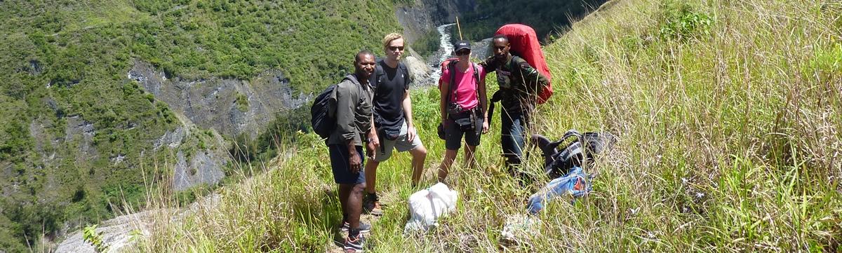 Trek Trikora Papua